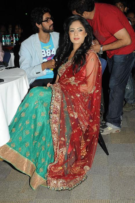 nikesha patel at scope cine awards latest photos