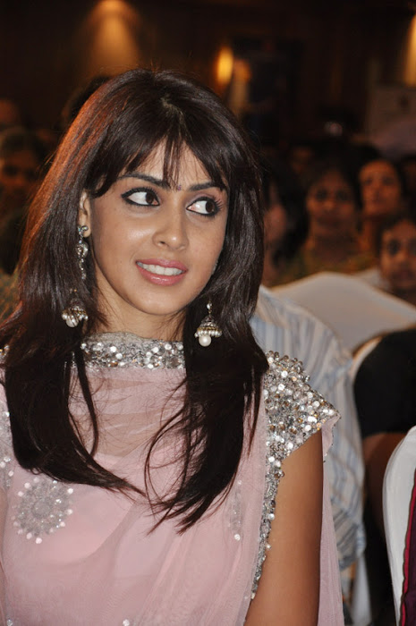 genelia uthamaputhiran audio launch actress pics