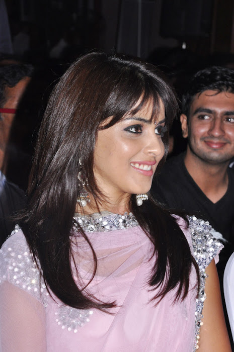 genelia uthamaputhiran audio launch cute stills