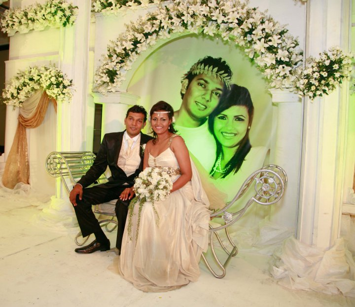 Rozanne diasz wedding
