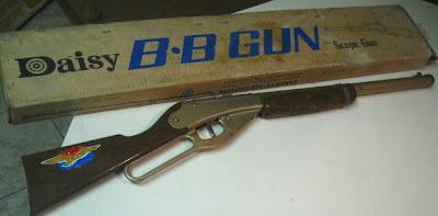 Beebe gun. Image taken from http://www.timewarptoys.com/deagle1.jpg