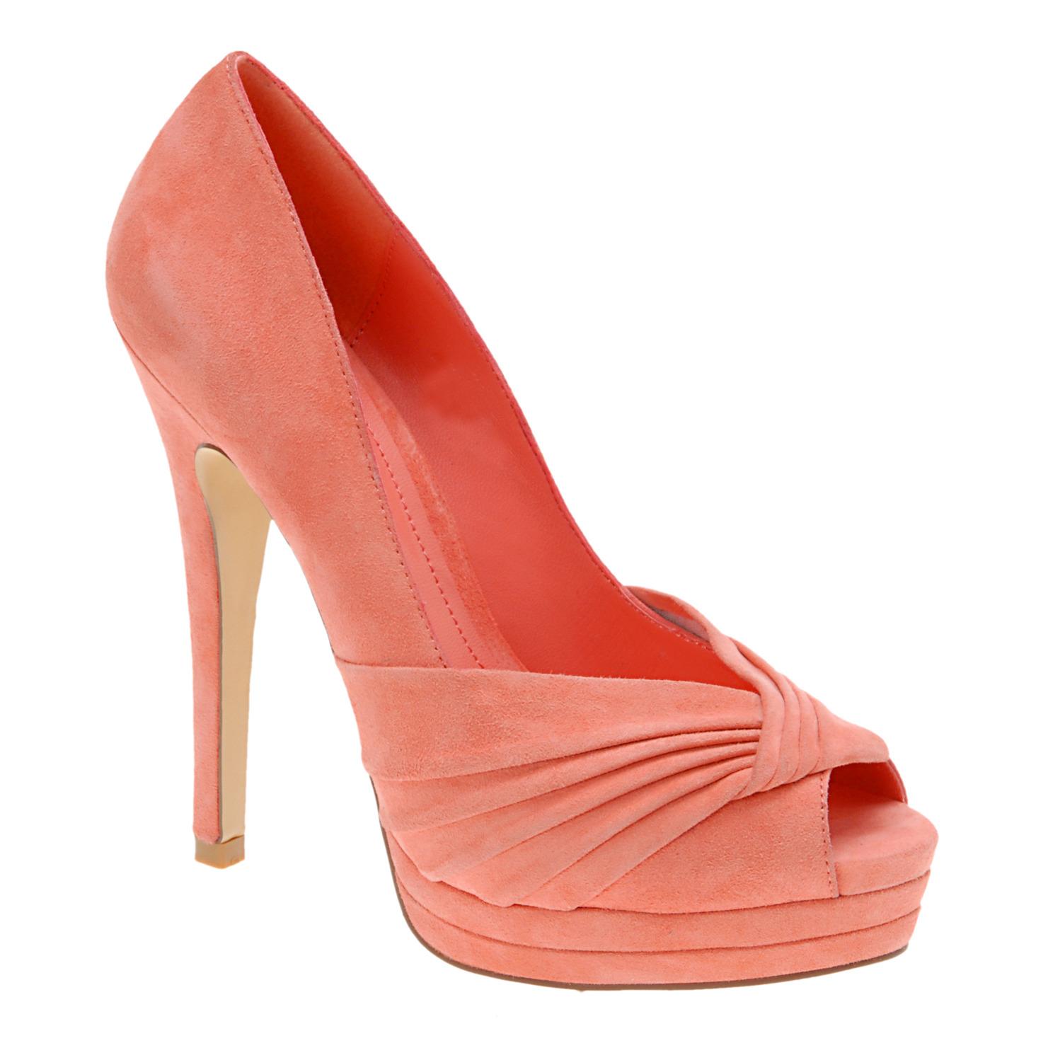 http://1.bp.blogspot.com/_7UZIREVjKto/THQU7v2sVcI/AAAAAAAAAI4/IvLPzKr47_Q/s1600/+aldo+shoes+orpin.jpg