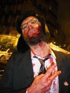 http://1.bp.blogspot.com/_7VOIM8ovFMM/Sy9E6UQyFVI/AAAAAAAAACE/J_12iq9yXn8/S640/zombie+gwardeathLIGHT.jpg