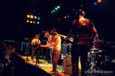 Built To Spill and Chikita Violenta