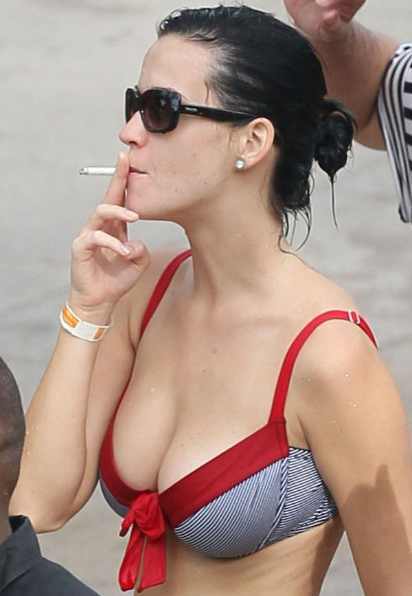 katy perry smoking hot