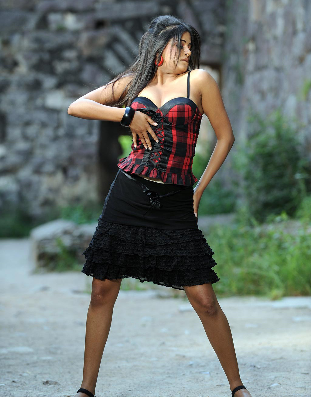 Priyamani Sexy Images | Priyamani Hot Photos | Priyamani Latest Update