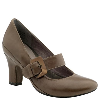 womens dress shoes in larger sizes