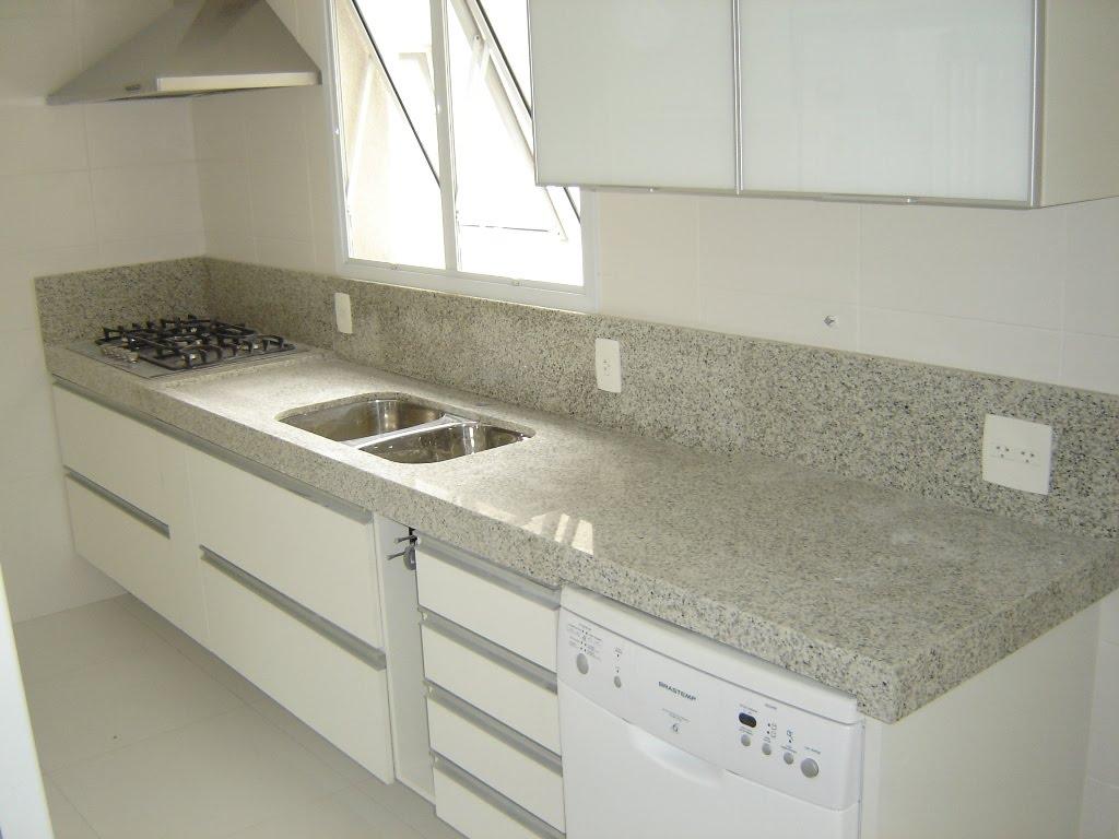 HM Marmoraria Pias  Mesas -> Banheiro Decorado Com Granito Preto