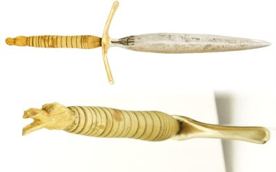 Dague en acier forgée dans une vieille lime, manche en olivier sculpté