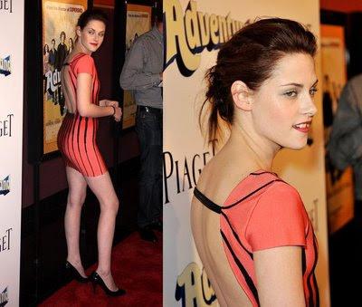 Kristen Stewart Adventureland on Kristen Stewart  Kristen  Stewart  Adventureland  Faculty  Cigarette