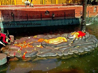,Budhanilkantha,Budhanilkantha Temple,sleeping lord bishnu temple,