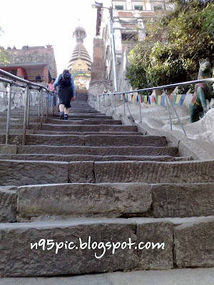 staircase to entrance to swayambhunath stupa,entry to Swayambhunath,365 staircase,longest staircase in nepal,365 staircase,staircase in temple