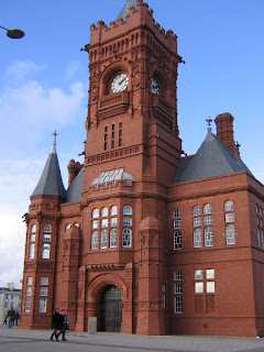 Photo by Rullsenberg: Pierhead Building