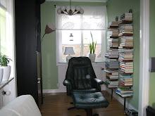 """""""Biblioteket"""" i vardagsrum"""