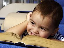 """""""Un niñ@ que lee, será un adulto que piense"""""""