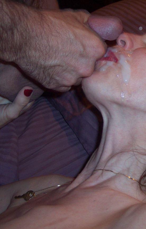 Erotic Pictures Cumshot blog sara