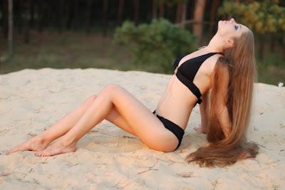 singles dating Long Haired Girl In Lingerie