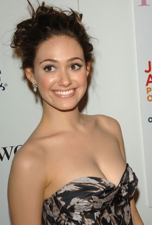 TOP 20 Celebrity Emmy Rossum Fashionable Hairstyles 09