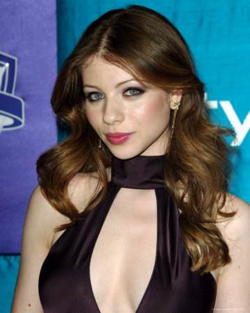 michelle trachtenberg boobs