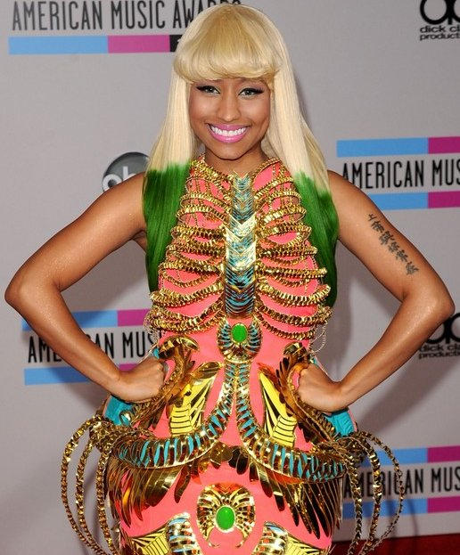 nicki-minaj-hair-2010-2011-11.jpg