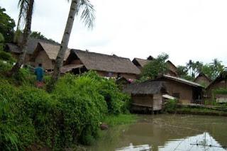 Rumah Adat Kampung Dukuh