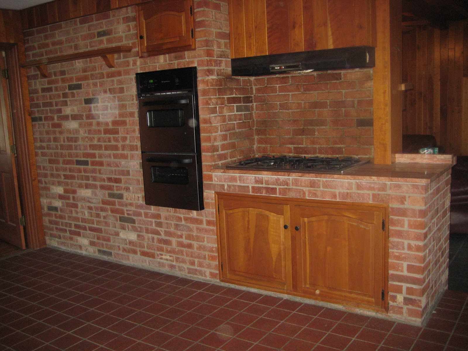 The casteel casa feature friday the kitchen for Kitchen units made of bricks
