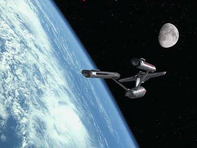 Star trek Enterprise_in_orbit_of_Earth