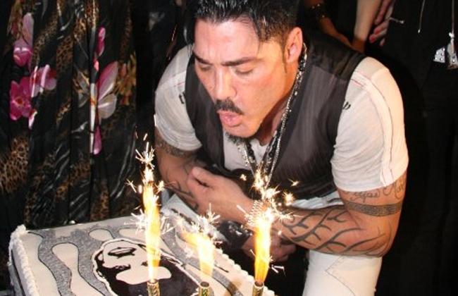 ¿Por qué soplamos las velas en los cumpleaños? Te explico!