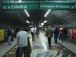Vista de la estación Plaza Italia de la línea D