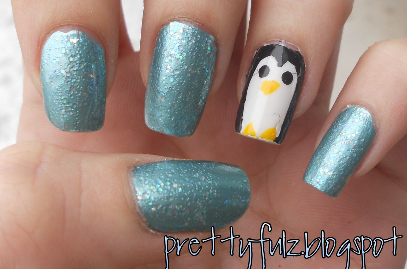 Prettyfulz: WINTER NAIL ART DESIGN | Penguin Nail Art Design