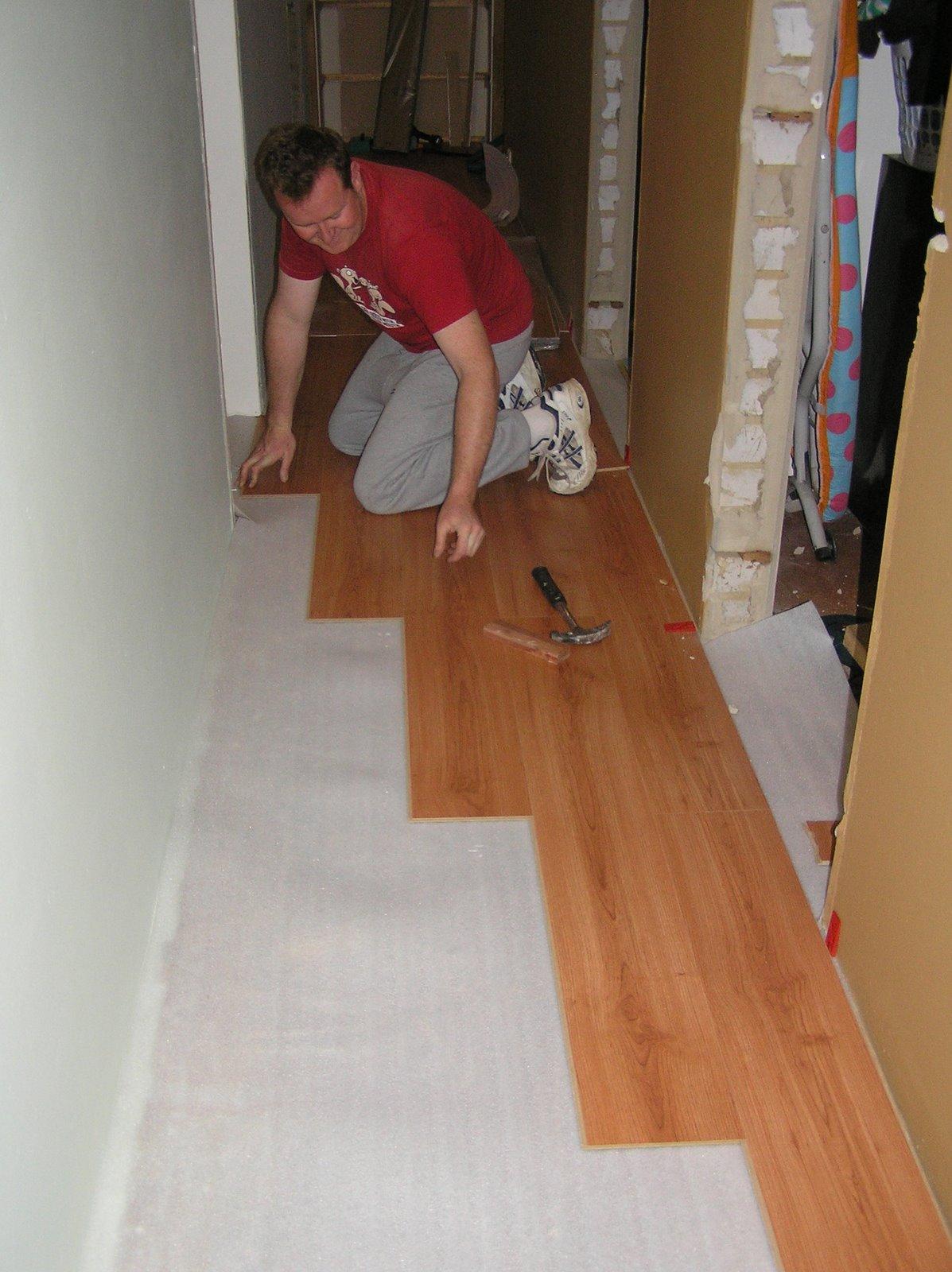 como colocar un piso laminado en tu casa