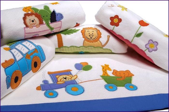 Ideas en manualidades decorativas para bebes - Telas con motivos infantiles ...