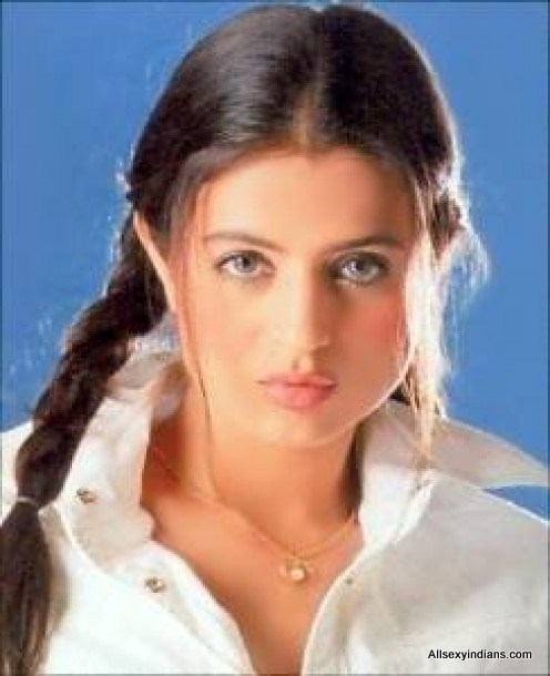 Amisha patel pictures for Amisha indian cuisine