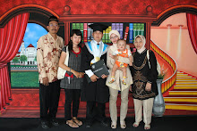 Photo Wisuda Hery & Keluarga