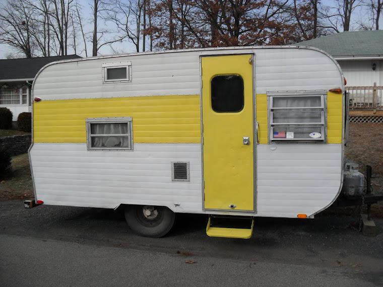http://www.popscreen.com/p/MTA3MDA0NjM4/How-To-Build-Vintage-Camper
