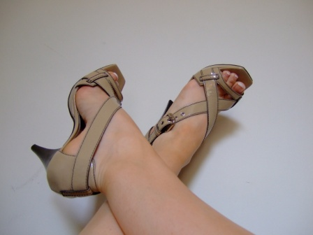 [shoes+013.jpg]