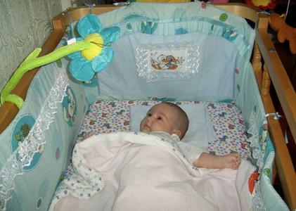 Как украсить бортики для детской кроватки своими руками