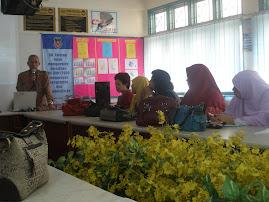 Guru-guru yang menghadiri kursus
