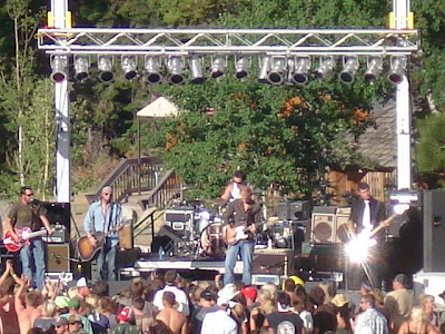 Mickey and the Motorcars on stage before the shade took over