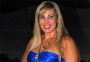 Adepta assumida das cirurgias plásticas, Ângela Bismarchi acha que ...