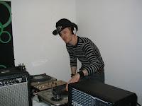Tomski DJing