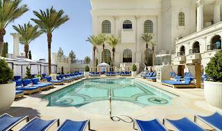 Apollo Pool v12s sml Las piscinas en los hoteles de Las Vegas