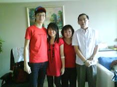 my LOVELY family:D