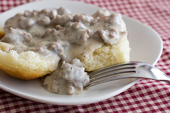 nummies: Biscuits and Gravy