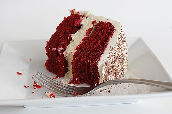 Lauren Cocina: Red Velvet Cheesecake Cake