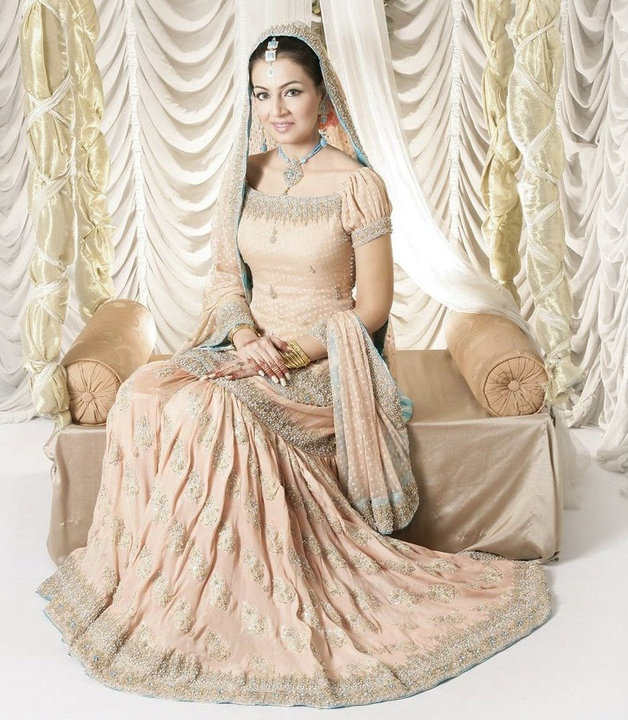 Most Beautiful Brides furthermore Beautiful South Indian Actress Kriti likewise 25 Most Beautiful Beach Wedding Ideas additionally Beautiful Dulhan Design Collection 2013 furthermore Pink Colored Kanchipuram Pure Tissue Silk Saree. on beautiful south indian home design