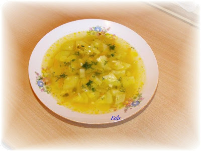 Articole culinare : Ciorba de dovlecei cu iaurt