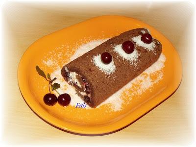 Articole culinare : Rulada cu dulceata de visine
