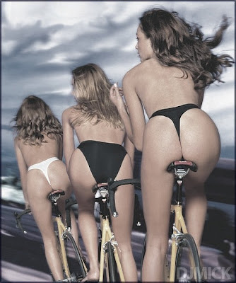 Cycling Girls in Lycra