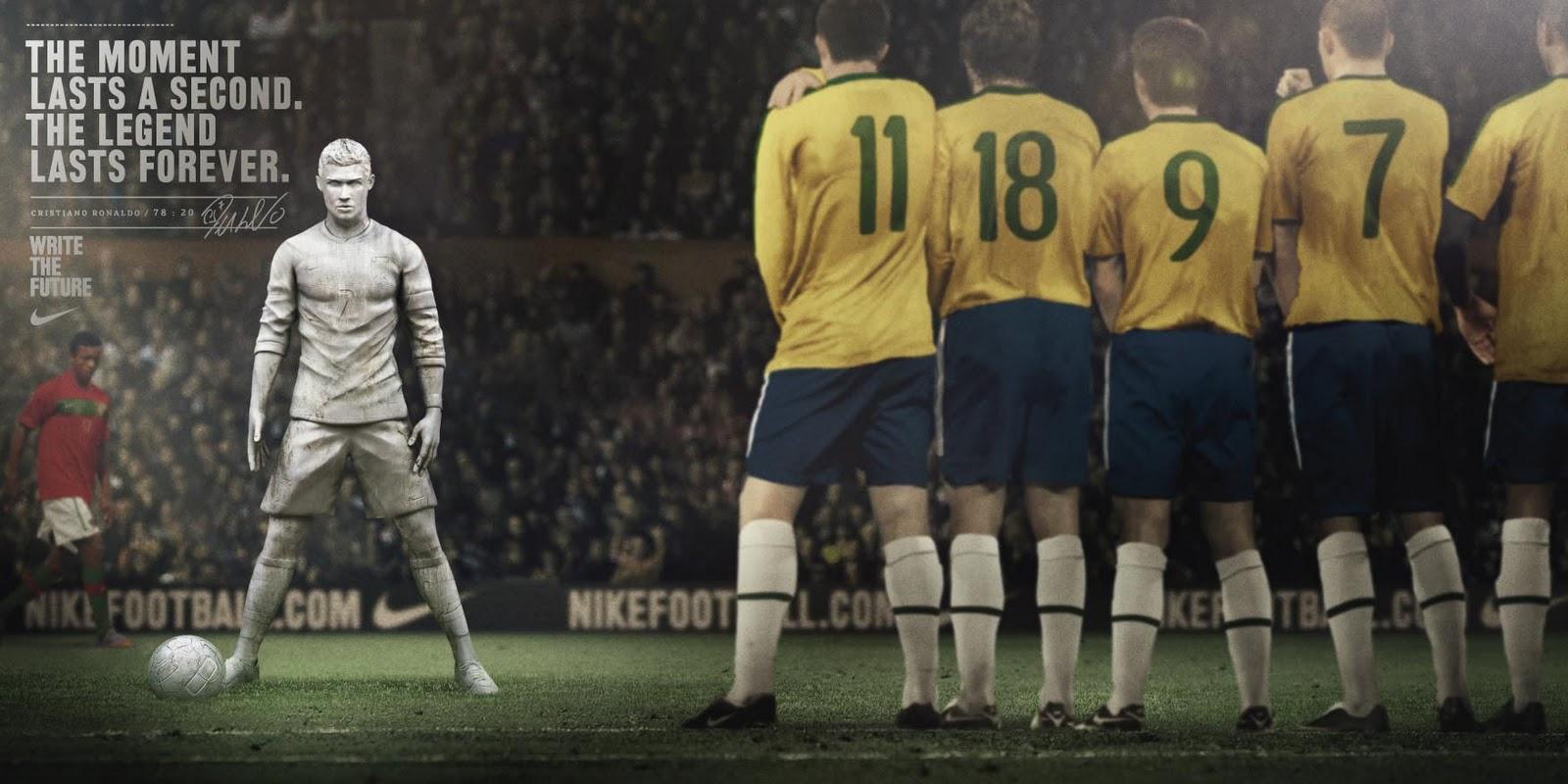 http://1.bp.blogspot.com/_7yECxOsl1KM/TBzNgtcaFjI/AAAAAAAAXk0/JO0KMJc9B9c/s1600/3_Ronaldo.jpg